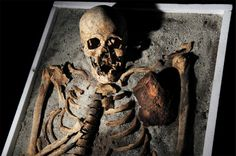 National Geographic - Vampire Skeletons Mystery (Documentary)