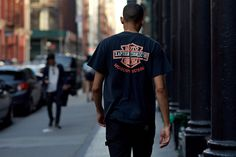 We hit NYC to capture the city's style set in an array of inspirational steez, featuring plenty of graphics, wide-leg tailoring, sportswear, & Gucci (obvs).