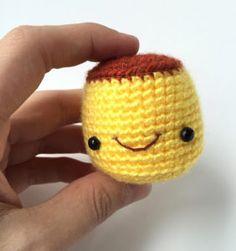 6 Patrones encantadores para hacer llaveros en crochet Crochet Poncho, Crochet Baby, Free Crochet, Crochet Christmas Trees, Holiday Crochet, Crochet Purses, Crochet Dolls, Crochet Necklace Pattern, Kawaii Crochet