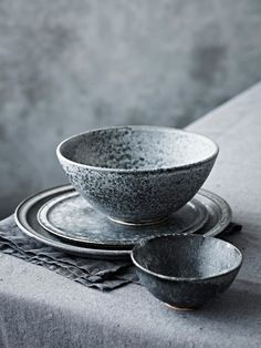 exquisite plates by father and son ceramicist duo KH Wurtz. Their hand-thrown, hand-glazed designs have built up quite a following (they are the official suppliers to the Copenhagen restaurant Noma) and it's easy to see why. Moody colourations, flecked and mottled surfaces - simply divine. Find them in London at Sigmar Photographs by Anders Schonnemannand Stine Christiansen