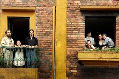 """A  MITsp – Mostra Internacional de Teatro de São Paulo acaba de confirmar em sua 2ª edição (6 a 15 de março de 2015) mais dois espetáculos internacionais, os colombianos """"Morrer de Amor, Segundo Ato Inevitável: Morrer"""" - foto - (dias 9 a 11 de março, às 16 horas) e """"Matando o Tempo, Primeiro Ato Inevitável: Nascer"""" (dias 13 a 15 de março, às 17 horas), ambos da companhia La Maldita Vanidad Teatro."""