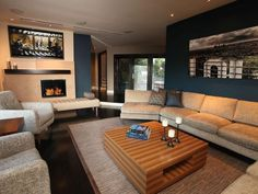 Transitional Living Rooms from Anisa Darnell : Designers' Portfolio 5851 : Home & Garden Television House Design, Blue Accent Walls, Eclectic Living Room, Transitional Living Rooms, Family Living Rooms, Living Room Grey, Arch Interior, Therapy Room, Bachelor Pad Living Room