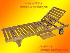 Kode Barang : JA-GF012a Nama Barang : Lounger Lipat 1    Lounger Lipat 1 merupakan produk dari Jaya Antika, terbuat dari kayu pilihan serta dikerjakan oleh tukang kayu yang sudah sangat berpengalaman dalam pembuatan Lounger Lipat 1 , dan untuk