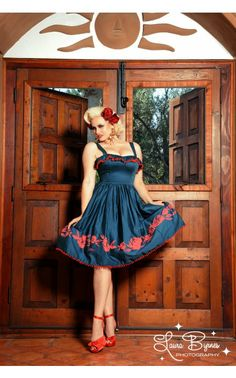 Pinup Clothing Bella Donna Dress In Teal With Red Rose Border Print