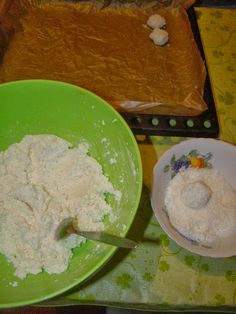 Cristina's world: Biscuiti simpli si deliciosi, cu cocos Grains, Cookies, Desserts, Food, Crack Crackers, Tailgate Desserts, Deserts, Biscuits, Essen
