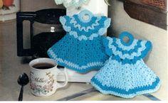 Doll Dress Potholder crochet pattern. FREE from shadylane.com