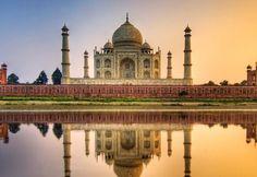 10、印度  如果提前預定亞航,國內往返可以2500多就可以搞定往返的航班。這裡旅客的每日花銷是世界上最低的,一杯啤酒只要1.25美元(HKD 10),酒店為10美元(HKD 80)或更便宜,而一杯地道拉茶只需要幾美分。再加上這裡有悠久的歷史和文化氛圍,還有很多迷人的旅遊景點,大部分的景點門票僅需HKD 12.5元左右,最貴的泰姬陵也只需要HKD 94元,怪不得排在第一呢~  注意:印度衛生概況極差,須注意食物中毒及疾病傳染