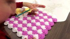 Lif örme videolu anlatım part 3 Crochet Cable, Manta Crochet, Crochet Blanket Patterns, Crochet Stitches, Rainbow Crochet, Paper Decorations, Crochet Scarves, Crochet Designs, Baby Dress