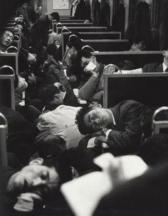 People sleeping on a night train in Japan, 1964. © Nicolas Bouvier,Musée de l'Elysée, Lausanne