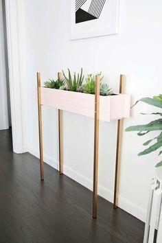 Un bac à fleurs très fin. 15 Idées de jardins en appartement DIY