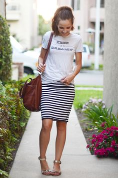 20 Style Tips On How To Wear Striped Skirts waysify