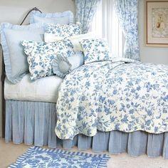 C & F Enterprises Williamsburg Brighton Blue Quilt - Full/Queen, http://www.amazon.com/dp/B003VRYGWM/ref=cm_sw_r_pi_awdm_5Zpdub0AZW2KN