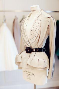 Dior Haute Couture salonavenue Montaigne, Paris via @StylewithClass