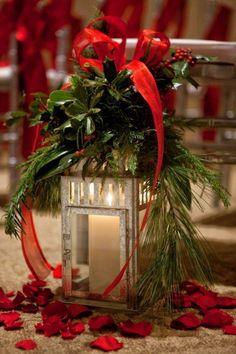 Niedrogie stroiki bożonarodzeniowe, które wykonasz za mniej niż 30 zł
