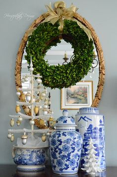 Blue and White Chinoiserie Christmas (Chinoiserie Chic) - 🌟Tante S!fr@ loves this📌🌟Blue and White Chinoiserie Christmas Blue Christmas, Southern Christmas, Merry Christmas, Christmas Mantels, All Things Christmas, Christmas Home, Christmas Booth, Christmas Vignette, Christmas Villages