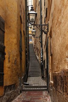 Alleyway and staircase in the Old Town, Stockholm, Sweden Ikea Stockholm 2017, Stockholm Sweden, Places To Travel, Places To See, Voyage Suede, Visit Sweden, Sweden Travel, Royal Caribbean Cruise, Alleyway