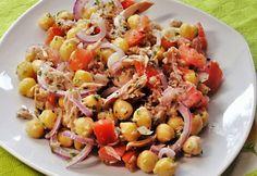 11 igazán ízletes saláta tonhallal és friss paradicsommal Feta, Eat Pray Love, Cooking Recipes, Healthy Recipes, Healthy Meals, Fish Recipes, Pasta Salad, Potato Salad, Cooking
