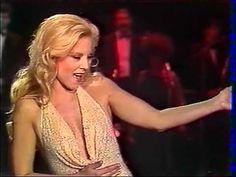 SYLVIE VARTAN - Des heures de désir (1984) - YouTube