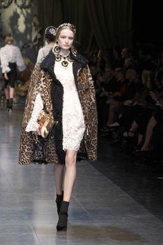 Dolce & Gabbana Women Fashion Show Gallery – Fall Winter 2013 Collection