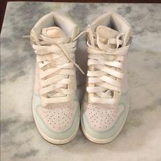 san francisco 47ea4 6c1b8 Nike Shoes   Nike Dunk High Sneakers   Color  Blue Gray   Size  6.5