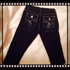 Yom Yom Denim Co. straight leg dark denim jeans  Another pair of jeans I happen to have 2 pair, by Yom Yom Denim Co. !! They are a size 1 & a very comfy skinny jean fit!! Worn 3 times, & no flaws @ all!! Rhinestone embellishments on the back pockets & not one is missing. .  ❌ NO TRADES❌ Open to offers  Yom Yom Denim Co. Jeans Skinny