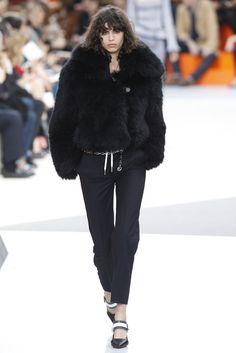 Louis Vuitton RTW Fall 2015