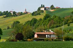 the italian countryside bologna italy a trip around the world bologna countryside 750x500