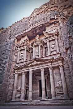 The Treasurey of Petra, Al Khazneh, Jordan via Flickr.
