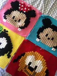 Over in the Two Hearts Crochet CALs group someone has asked about tsum tsum graphs. Being a massive Disney fan and avid tsum collector . Beading Patterns, Embroidery Patterns, Cross Stitch Patterns, C2c Crochet, Baby Blanket Crochet, Yarn Projects, Crochet Projects, Stitch Tsum Tsum, Mickey E Minie