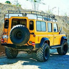 Land Rover Defender 110. Can any of you shed any light on this special yellow brute?