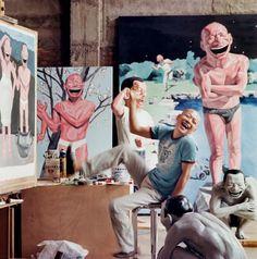 O artista chinês Yue Minjun diz que baseia os sorrisos de suas obras em seu próprio sorriso. (Foto: Reprodução)