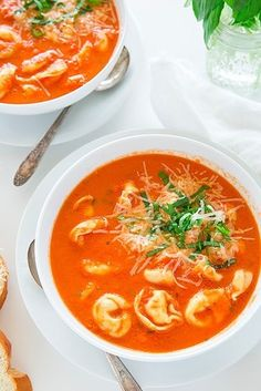 Tomato-Basil Tortellini Soup | 21 Vegetarian Dump Dinners You Can Make In A Crock Pot