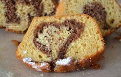 Δίχρωμο κέικ πορτοκαλιού με ελαιόλαδο και γιαούρτι - cretangastronomy.gr Banana Bread, Cake, Desserts, Recipes, Food, Tailgate Desserts, Deserts, Kuchen, Recipies
