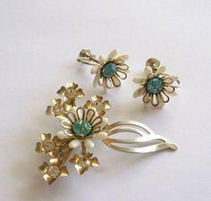Vintage Jewelry Set Brooch Earrings Lucite by MaisonChantalMichael
