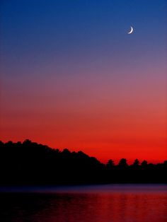 ✯ Sunset and Crescent Moon
