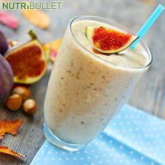 Ten koktajl jest pełen wyciszających składników, takich jak: serotonina, melatonina i magnez, a w dodatku ma pyszny, słodki smak! :) Dodaj do niego kojące nerwy wiśnie, słodkie ziemniaki lub jogurt i wypij kilka godzin przed snem, a zapewni Ci spokojny odpoczynek ;)  Składniki:  - 1 garść szpinaku - ½ banana - ½ szklanki płatków owsianych - 2 figi - 1 daktyl - 1 łyżeczka nasion chia - 1 szklanka mleka migdałowego  #nutribullet #nutriklub #gym #gymlife #power #beauty