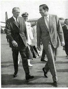 Απο το αρχείο Π.Παπαδημητρόπουλου Κωνσταντινος Βασιλεύς των Ελληνων  Ολυμπιακη αεροπορία  Olympic airways King  Konstandinos of Greece  Olympic airways