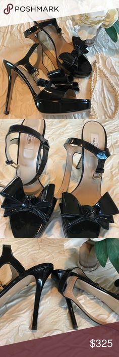Valentino Garavani Black Patent Heels 40.5 Sz 10 Beautiful, iconic Valentino Garavani black patent leather bow heels. Made in Italy. Great condition! Valentino Shoes Heels