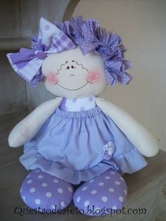 boneca de pano - Pesquisa Google Doll Clothes Patterns, Doll Patterns, Girl Dolls, Baby Dolls, Diy Bow, Soft Dolls, Doll Crafts, Fabric Dolls, Doll Face