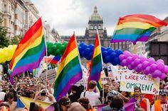 En Alemania existe un gran número de actividades o lugares enfocados en la comunidad LGBT, desde hace un tiempo existe un gran respeto por los homosexuales.