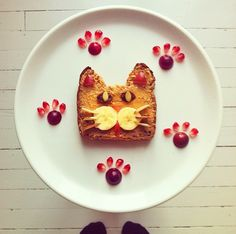 12 Adorable Plates of Food Shaped Like Animals By Ida Skivenes