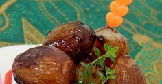 Ingredientes   500 g de cebolas bem pequenas  2 colheres (sopa) de azeite de oliva  2 colheres (sopa) de molho de soja (shoyu)
