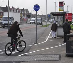 Perfect setup for cyclist-pedestrian interaction.