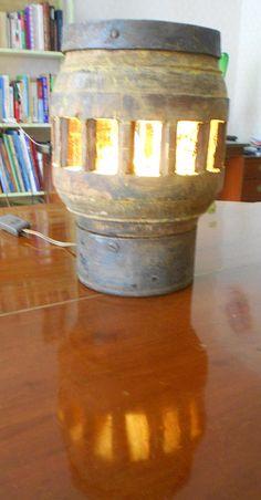 Lampe de table  MOYEU .
