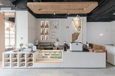 6 cafe interior design, coffee shop design, shop interiors, cafe shop, ca. Coffee Bar Design, Coffee Shop Interior Design, Design Café, Modern Design, Custom Design, Bakery Interior, Restaurant Interior Design, Coffee Cafe Interior, Coffee Shop Furniture