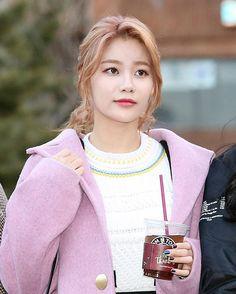 _170106 KBS music bank #AOA #유나 #yuna .
