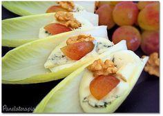 Panelaterapia | Salada de Endívia, Gorgonzola, Uvas e Nozes | http://panelaterapia.com