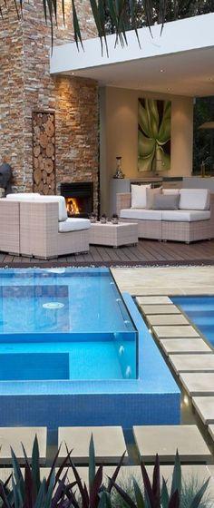 Une décoration extérieure parfaite ! #EspaceLaclau #Inspiration #PiscineDeRêve #Piscine #Terrasse - Source >> Houzz.fr Paysagistes et Architectes