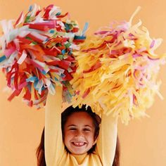 If you are try to find DIY Pom Pom cheerleader tissue paper you've come to the right place. We have 32 images about DIY Pom Pom cheerl. Kids Fall Crafts, Paper Crafts For Kids, Crafts For Kids To Make, Paper Crafting, Crafting Tools, Halloween Snacks, Easy Halloween, Halloween Party, Healthy Halloween