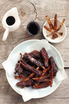Klewerige ribbetjies Lamb Ribs, South African Recipes, Kos, Barbecue, Sausage, Snacks, Meat, Recipes, Barbacoa